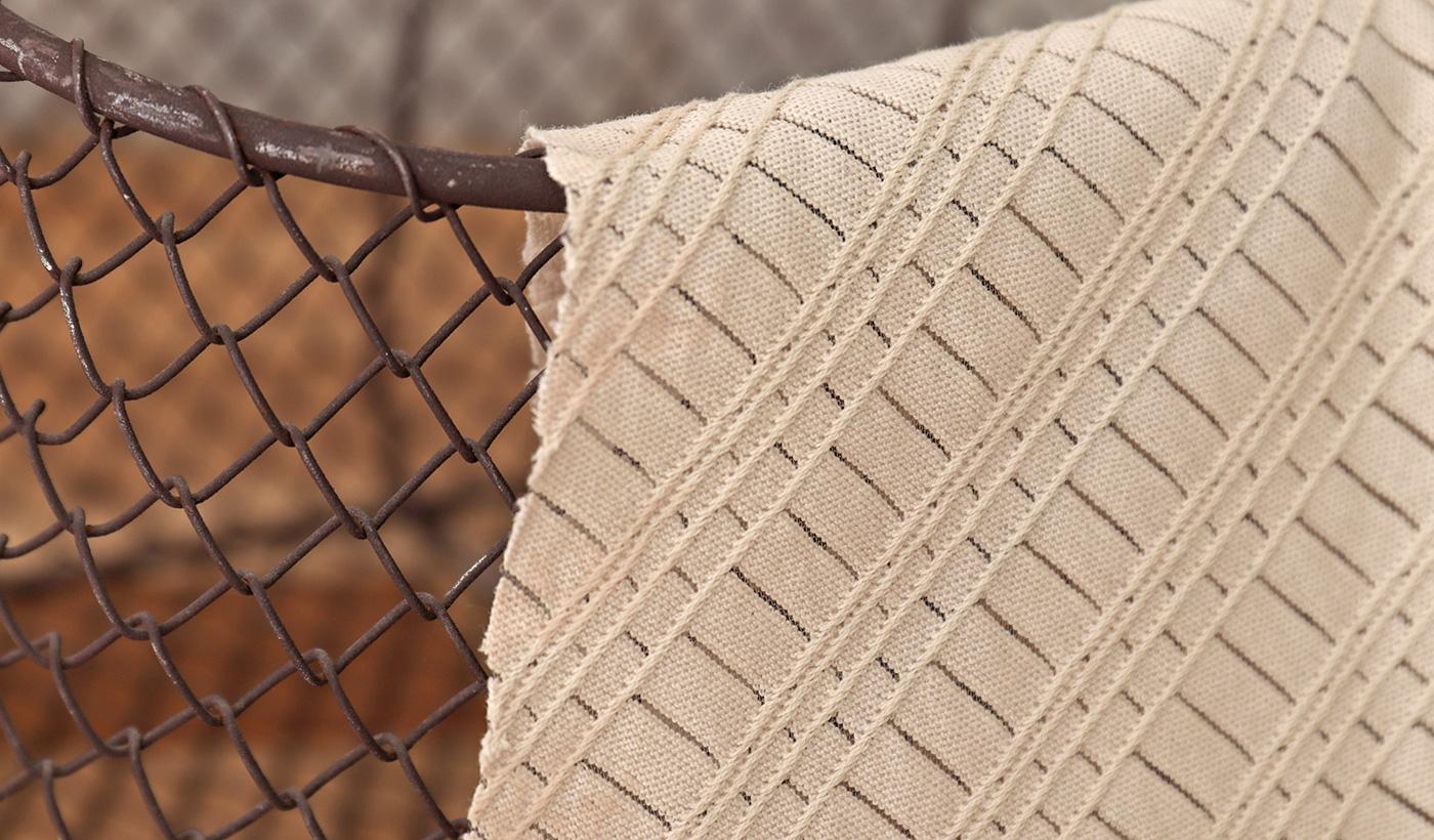 バイヤス柄レース編み