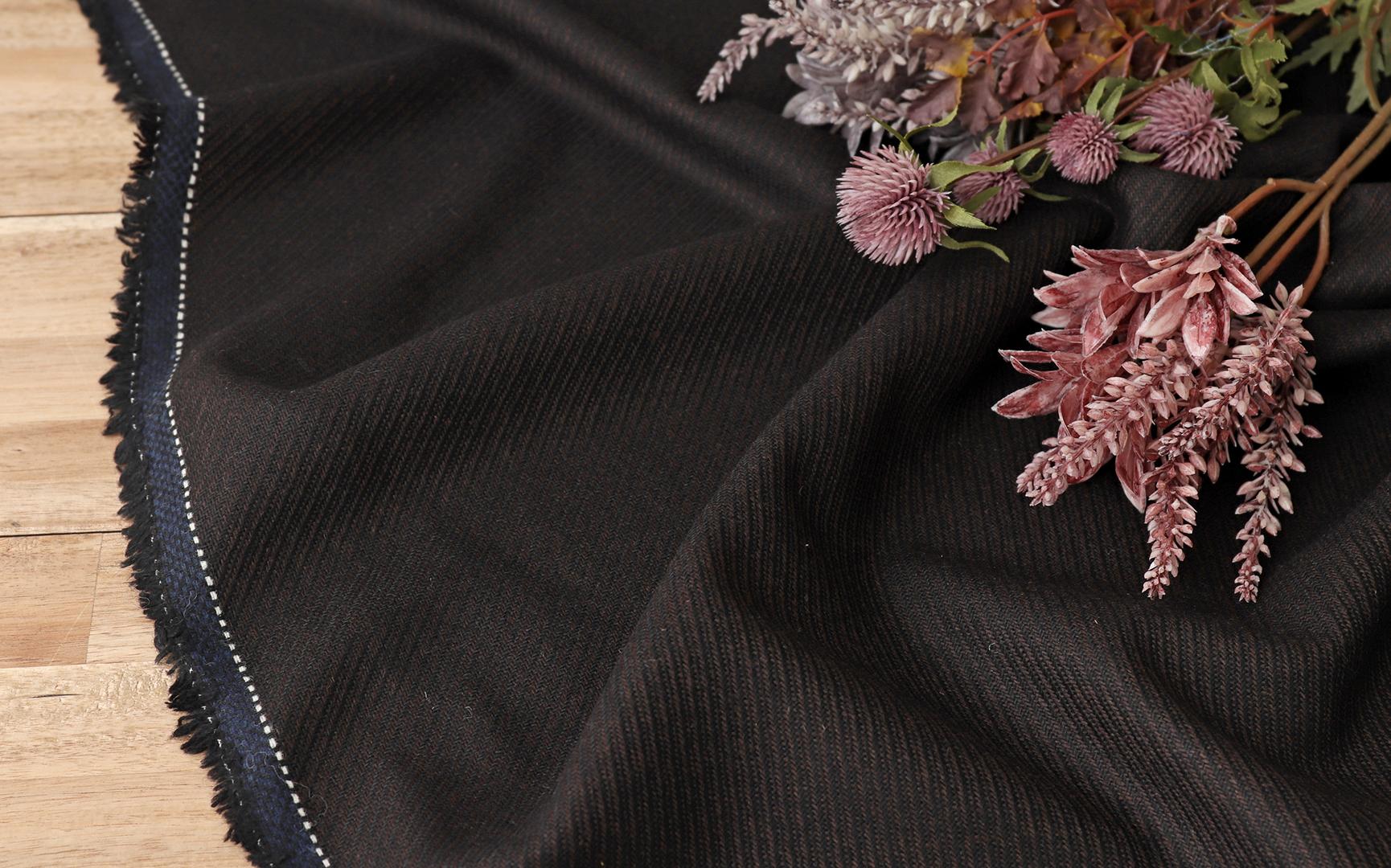 綾織ウール